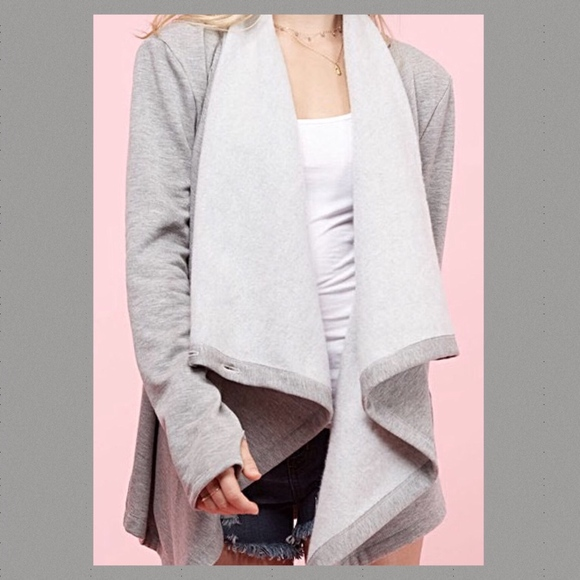 Angelique's Atelier Jackets & Blazers - Button Cardi Wrap